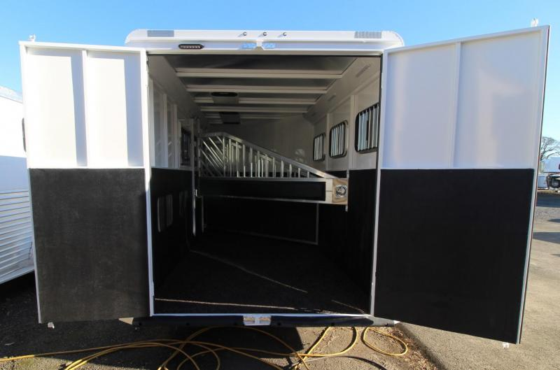 2021 Trails West CLASSIC 10x10 3 HORSE TRAILER LQ - SLIDE-OUT - SIDE TACK