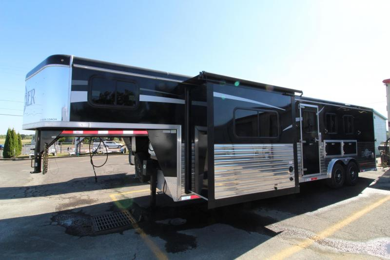 Ranger Horse Trailer 8'Wx10'SW with Slide. EXCELLENT CONDITION! Slide Out -Lined and Insulated Horse Area-Dinette