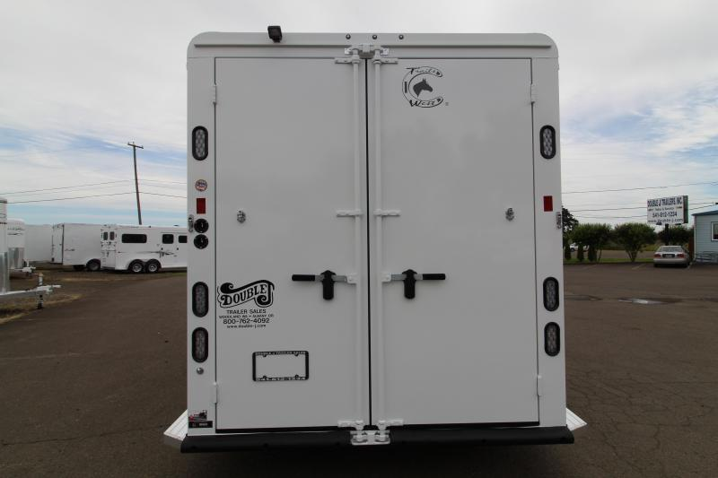 2020 Trails West Classic 3 Horse Trailer- WARMBLOOD SIZE STALLS-Slant Load-Swing Out Saddle Rack-Escape Door