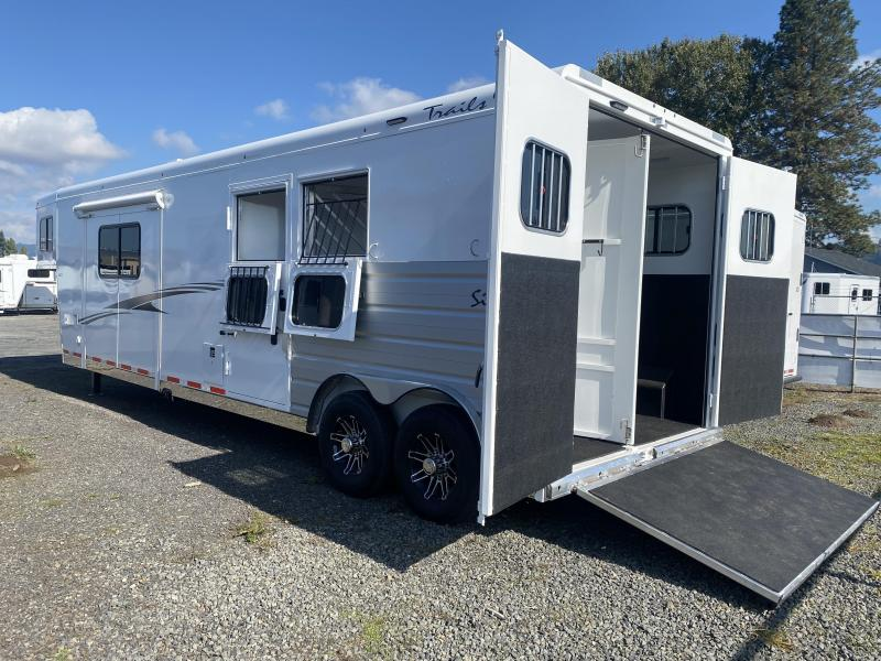 2022 Trails West Sierra 2H 13x13 LQ Horse Trailer