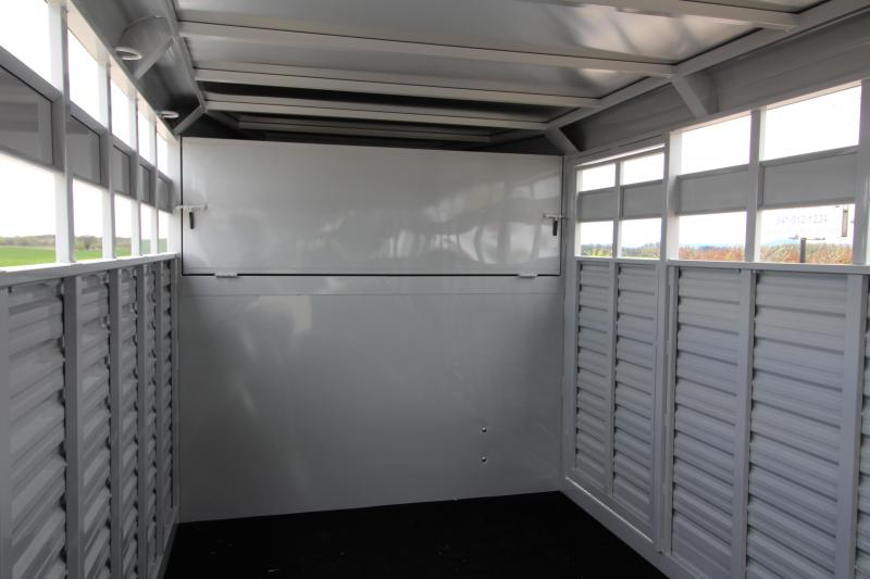 NEW 2019 Trails West 24' Hotshot Steel Livestock Trailer - Solid Center Gate - Rear Gate with Slider