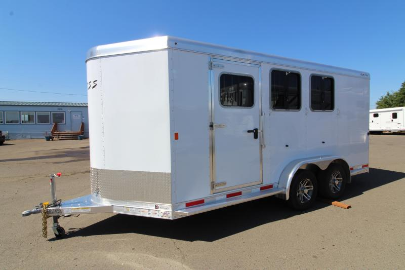 2020 Exiss 730 3 Horse Trailer - Drop Down Windows - Escape Door - Roof Vents - 3 Tier Saddle Rack