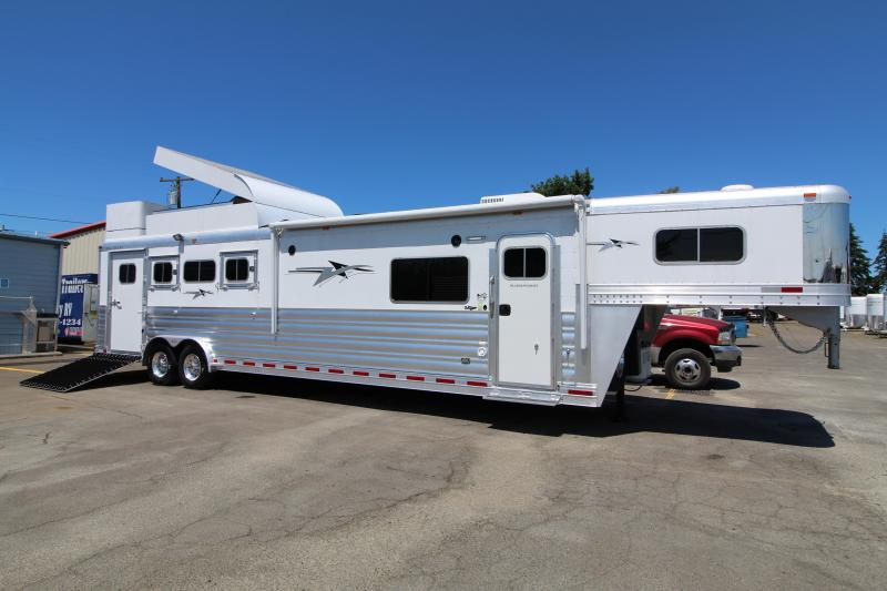 2020 Platinum Coach 4 Horse Trailer w/ 13'8'' Outlaw Living Quarter Side Load-Hay Pod-Generator-Stunning Interior-Preliminary Photos