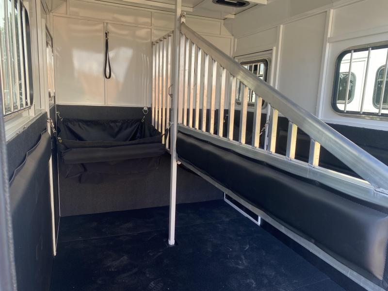 2022 Trails West Royale Plus Warmblood Straight Load 2 HorseTrailer