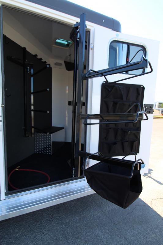 2020 Trails West Sierra Select 2 Horse Trailer - Drop Down Feed Doors - Rubber Wall Mats - Floor Mats - Roof Vents