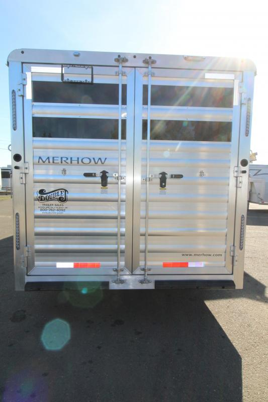 2021 Merhow Stock Combo LQ 9' SW-Mid Tack Area-Couch on Drop Wall