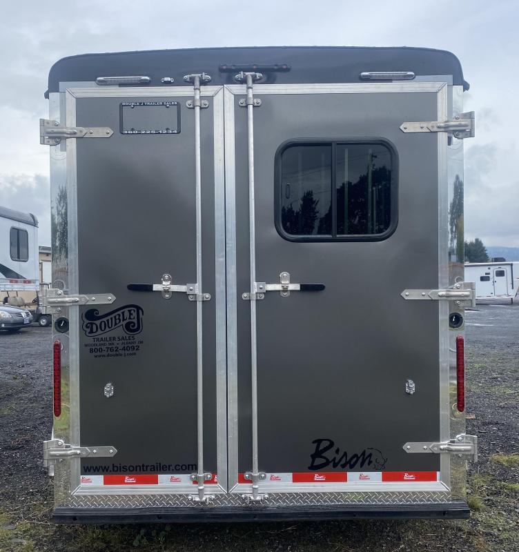 2022 Bison Trailers QUICK DRAW 7208 LQ Horse Trailer