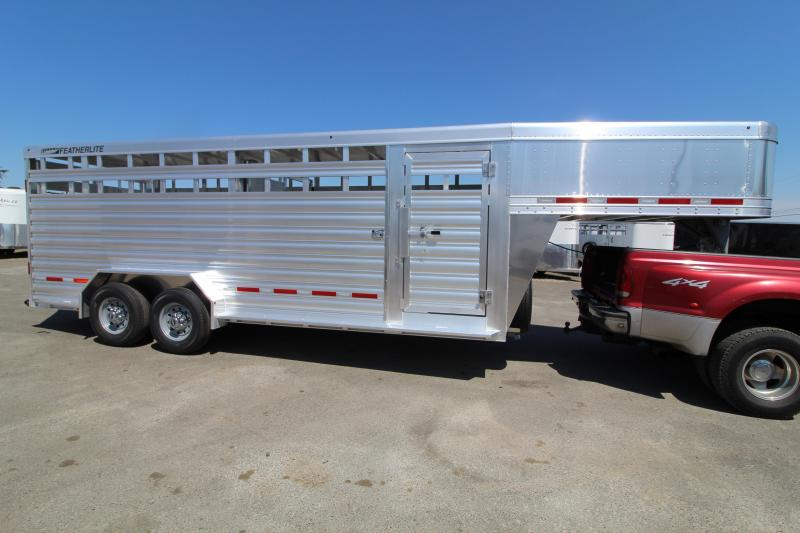 2021 Featherlite 8127 20' Livestock Trailer - Upgraded Rear Gate