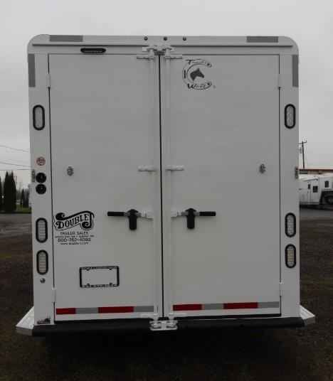 2021 Trails West Classic Overnighter - Side Tack - Stud Divider - Escape Door