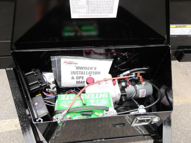 Top Hat 5' x 10' Dump Trailer 7000# GVWR w/ Single Cylinder Lift System!
