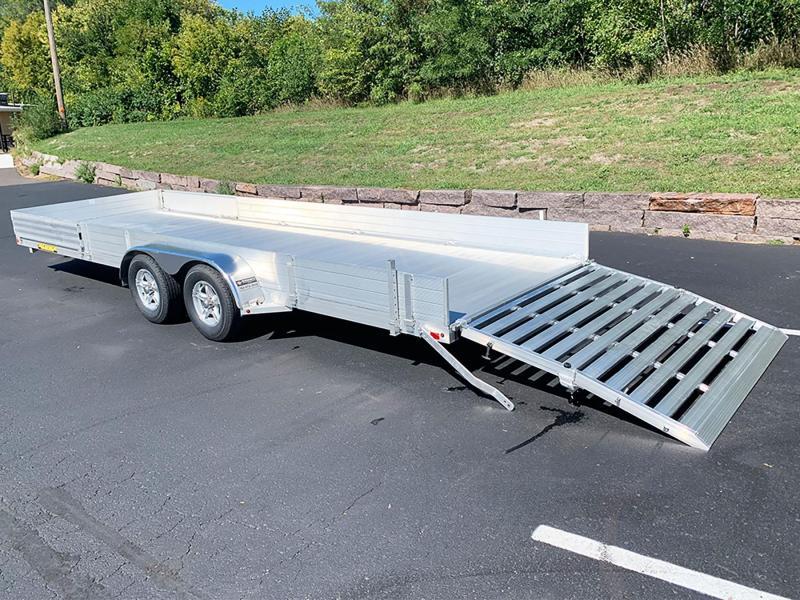 Aluma 8122TA-SR Bi-Fold Aluminum Tandem Axle Trailer - 7,000# GVWR!
