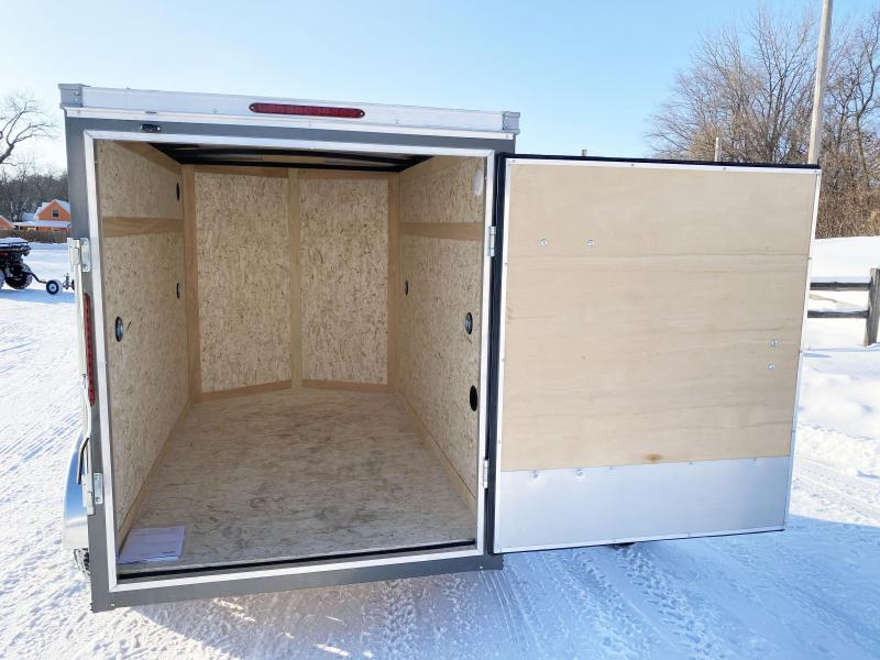 Haulmark 5 x 8 V-Nose Enclosed Trailer - Deluxe Model- Fantastic Buy!