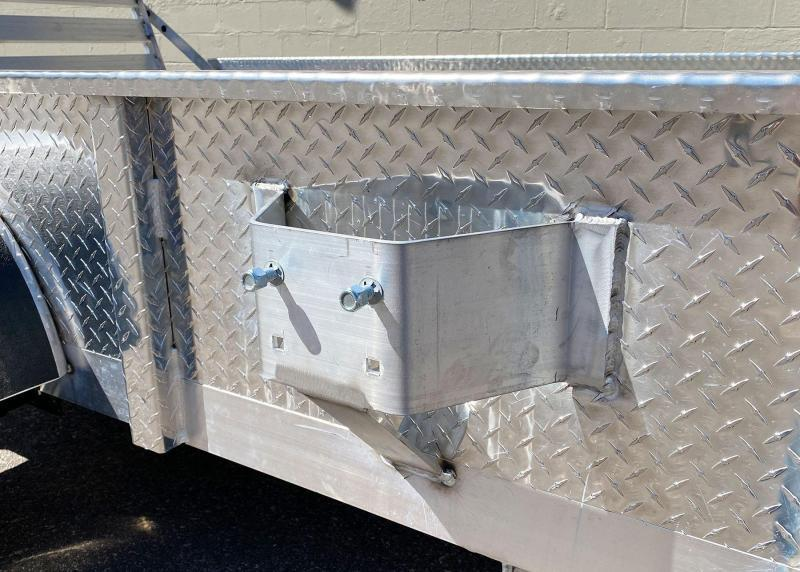 Quality Trophy 5x8 Aluminum Utility Trailer - Diamond Plate Sides - Rear Ramp!