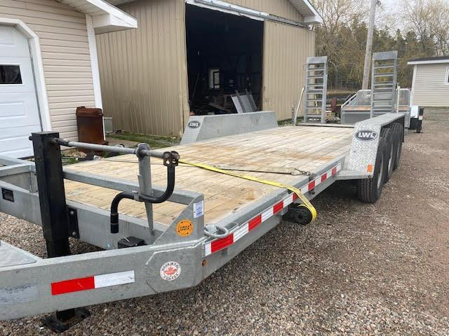 2019 Other LWL Equipment tri axle 21K Equipment Trailer