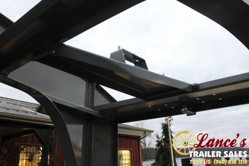 2021 Diamond C 30' Hydraulic Dovetail Equipment Trailer