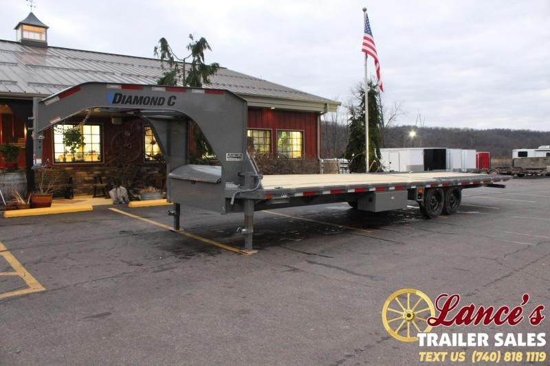 2021 Diamond C 30' Hydraulic Dovetail Equipment Trailer