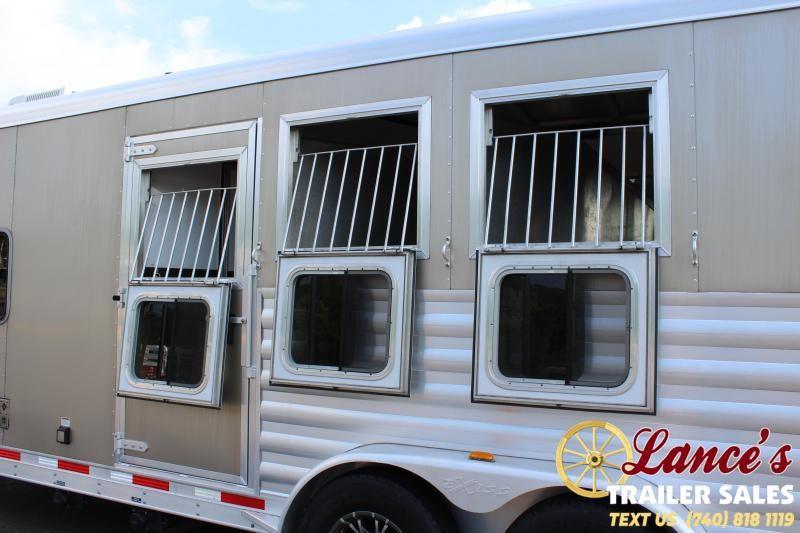 2016 Exiss 3 Horse Slant Load Horse Trailer