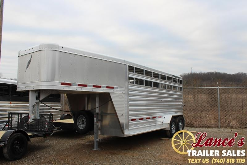 2020 Featherlite 16Ft. Livestock Trailer