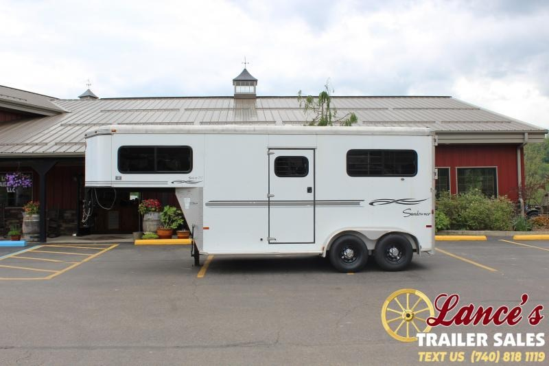 2005 Sundowner 2 Horse Straight Load Horse Trailer