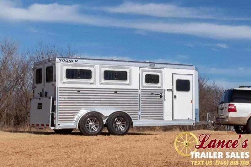 2021 Sooner 16' Low Pro Show Pen Livestock Trailer