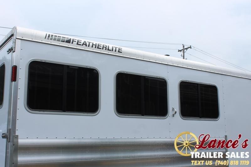 2021 Featherlite 3 Horse Slant Load Horse Trailer