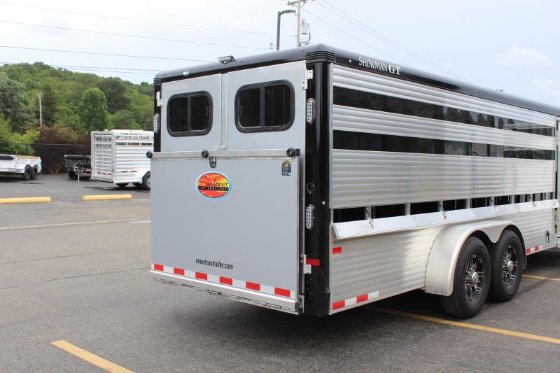 2022 Sundowner 24' Air Gap Low Pro Livestock Trailer