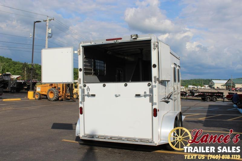 2017 Adam 2 Horse Straight Load Horse Trailer