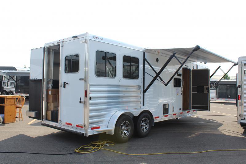 2021 Exiss 2 Horse Slant Load Glide LQ Horse Trailer