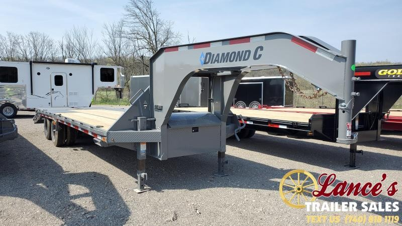 2021 Diamond C 25' (20'+5') Equipment Trailer