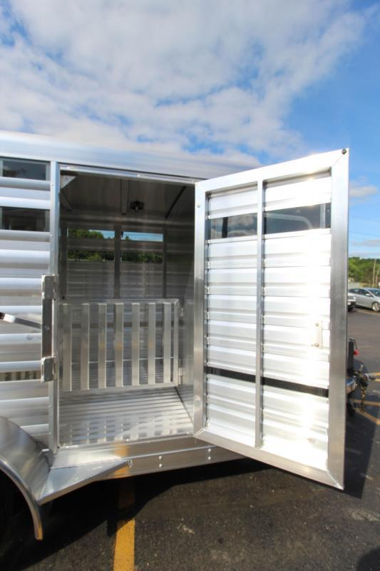 2022 Exiss 15' Mini Combo Exhibitor Low Pro Pen Livestock Trailer