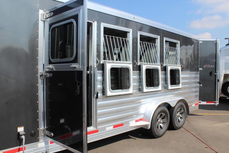 2022 Exiss 4 Horse Slant Load LQ Horse Trailer