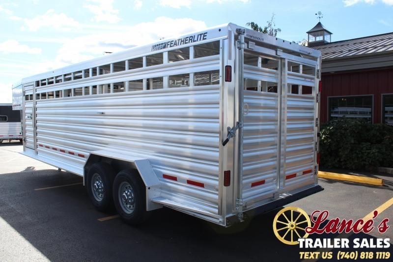 2022 Featherlite 24' (7'W) Show Cattle Livestock Trailer