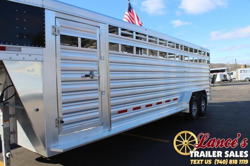 2020 Featherlite 24Ft. Show Cattle Livestock Trailer