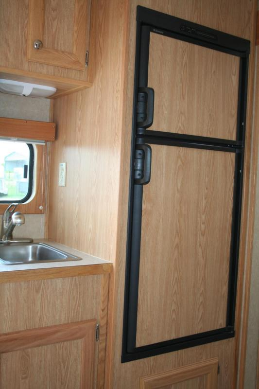 2007 Sundowner Trailers 727 Sunlite 6911