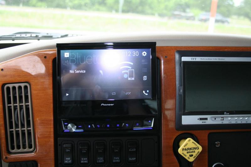 2007 International 2L Standard