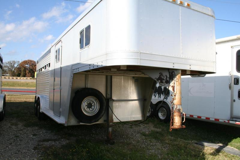 1988 Featherlite stock/horse Horse Trailer