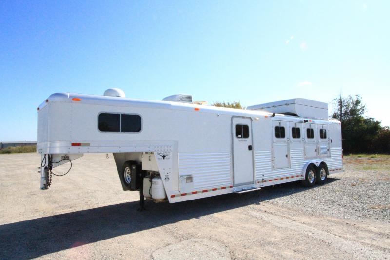 2003 Platinum 4H 12' SW Horse Trailer