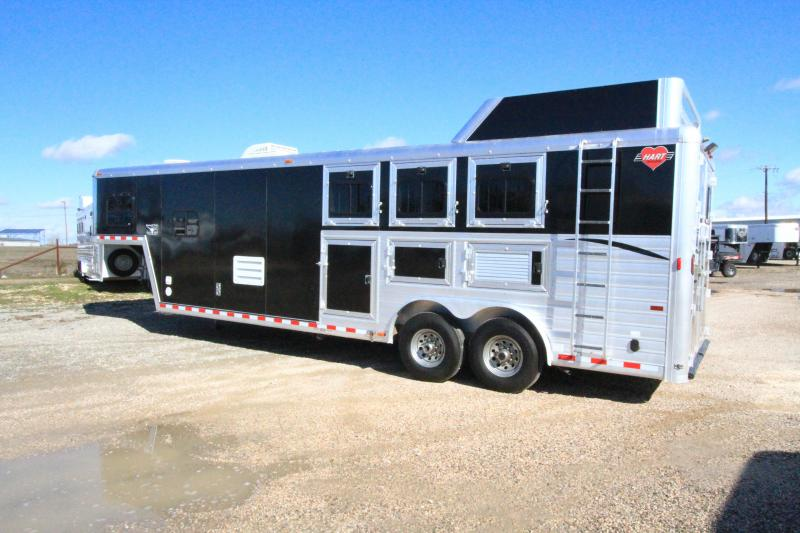 2002 Hart Ultimate 3H 10' SW LQ Horse Trailer