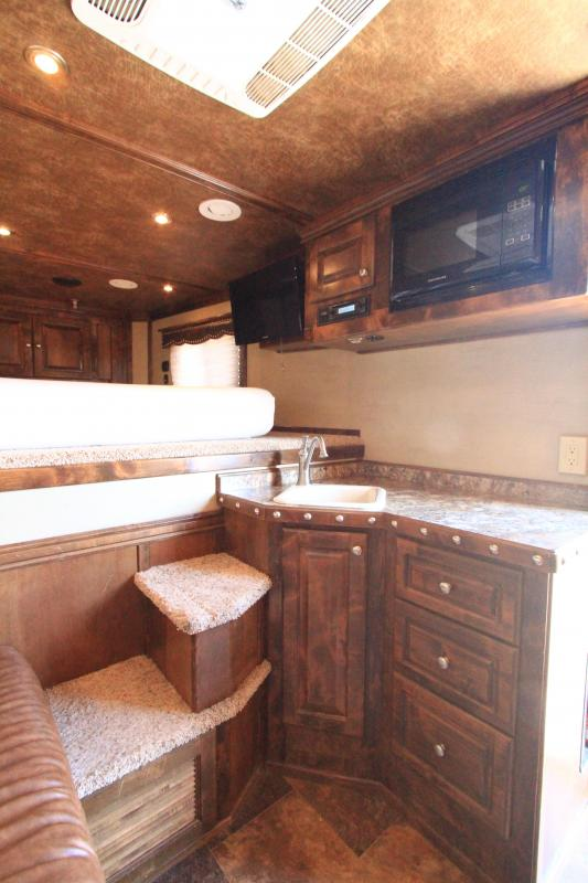 2016 Hart Tradition 3H 10' SW Horse Trailer