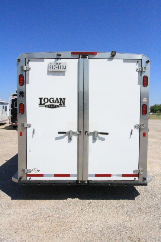 2015 Logan Coach Riot 2H 6'6 Weekend Pkg Midtack Horse Trailer
