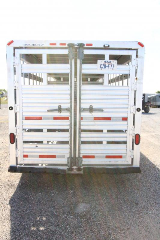 2001 Featherlite Stock Horse Trailer