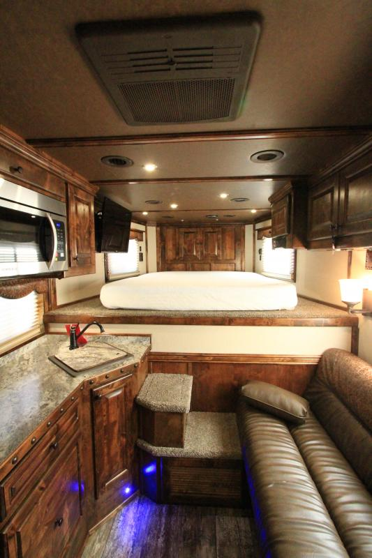 2021 Hart Tradition 4H 11'6 SW LQ Horse Trailer
