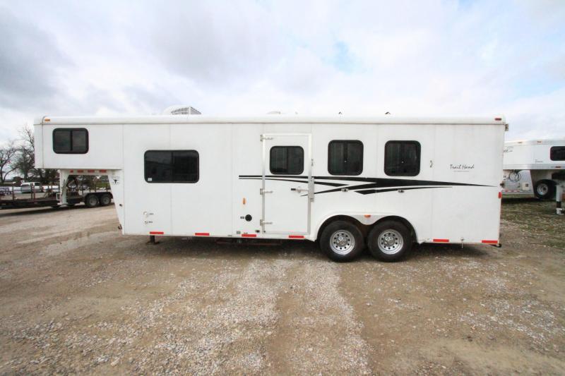 2012 Bison 3 Horse 9' SW LQ Horse Trailer