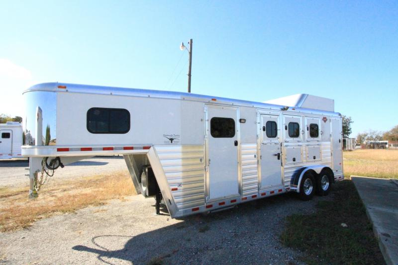 2017 Hart Tradition 3H/GN Smarttack Horse Trailer