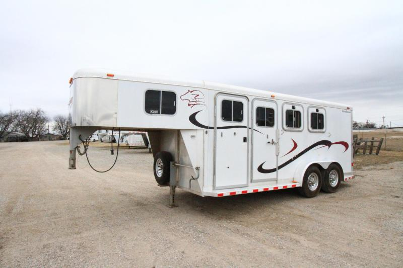 2002 Sooner Revolution 3H GN Horse Trailer