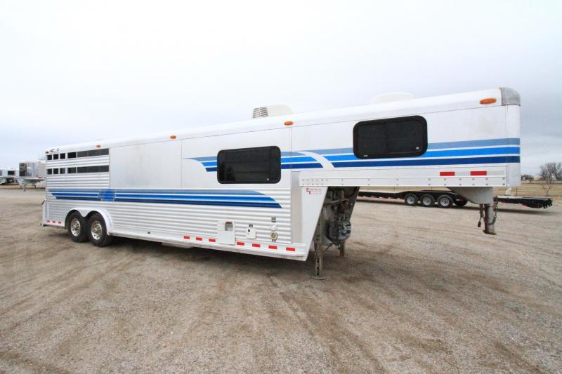 2000 4-Star 3H 12' SW LQ Horse Trailer