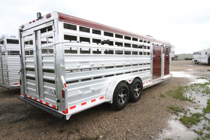 2008 4-Star 24' GN LoPro Livestock Trailer