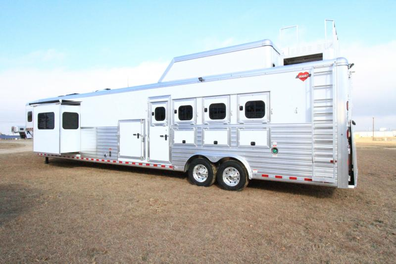 2021 Hart Tradition 4H 20' SW Outlaw LQ with Belly Tack Horse Trailer