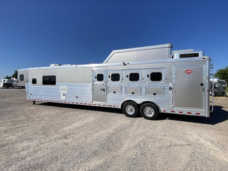 2016 Hart Tradition 4H 17' SW LQ - Double Entry & AirRide