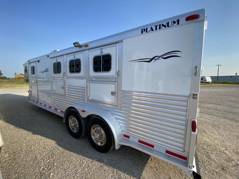 2004 Platinum 3 Horse 6' SW LQ